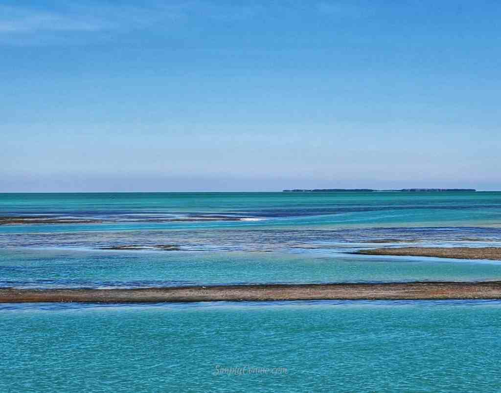 Highway Piers Historical Marker on the Florida Keys Overseas Heritage Trail in Islamorada, FL